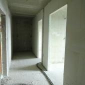 Это в коридоре или в будущей прихожей