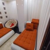 В комнате стильная отделка, стильная мебель - снизили цену, возможен торг