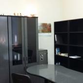 По комнатам есть такая офисная мебель