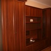 Еще одна фотография мебельного гарнитура, оставляемого новым владельцам