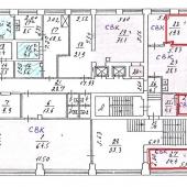 Здесь на чертеже видно, сколько помещений выделяется под офисный блок, который сдаётся в аренду на данный момент