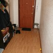 Входная дверь квартиры по Совхозной улице