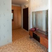 Прихожая однокомнатной квартиры в Коптево
