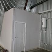 Внутри помещения во 2-ом Южнопортовом проезде есть отдельный санузел в углу здания