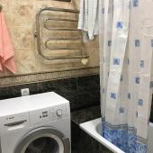 Есть стиральная машина в ванной комнате первого этажа