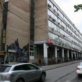 БЦ на 2-ом Донском пр-де со стороны улицы Орджоникидзе