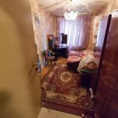 Вторая комната площадью 12 м, спальное место тоже есть.