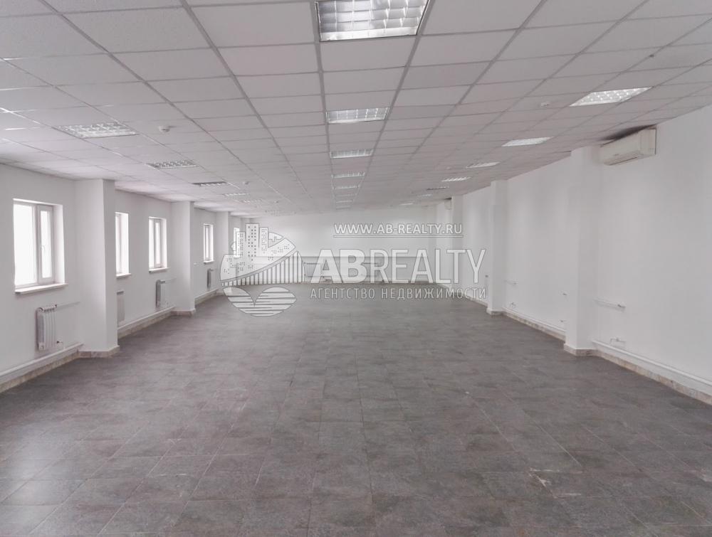 Общая площадь помещений 205 кв. м.