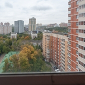 На три стороны окна смотрят в этой квартире