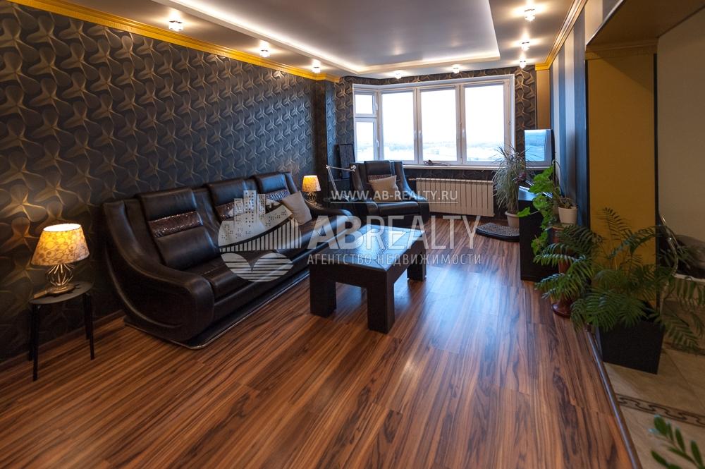 Основная гостиная в этой квартире