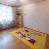 Эта комната скорее под детскую