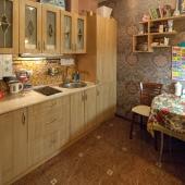 Вторая кухня этой квартиры для детей