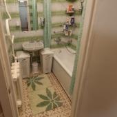 Ванная комната в этой квартире на ул. Хамовнический Вал, д. 38