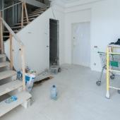 4-х комн. свободной планировки квартира продается на ул. Островитянова 6
