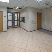 Сдается офис 9 кв.м. с окном в ЮАО 2-й Донской проезд д.10 стр.2
