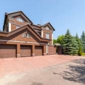 Продажа дома 1200 кв.м. на участке 30 соток в КП Шульгино