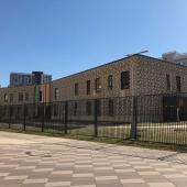 Здание под школу