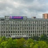 Находится помещение в здании НИИВК на 1 этаже