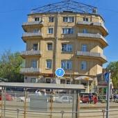 Само здание