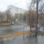 Окна на 2 стороны: Симферопольский бульвар и Сивашская улица