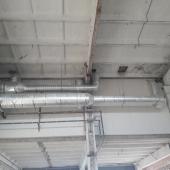 высокие потолки и вентиляция