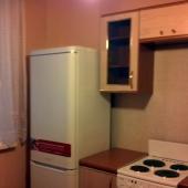 Кухня, площадь 10 метров, квартира продается за 10 200 000