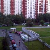 Вид из окна, очень тихо и спокойно, район зеленый летом