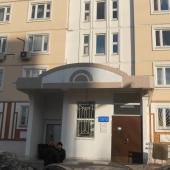 Вход в подъезд в доме на ул. Профсоюзная, дом 42 к 4