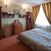 Спальная комната в квартире на Островитянова 6