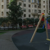 Двор дома, детская площадка, фото, Мичуринский проспект д. 7