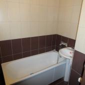 Качество плитки вполне на уровне в ванной комнате