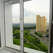 Вид из окна этой комнаты на улицу
