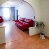 Основное помещение при входе в квартиру