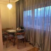 Это столик на кухне, вид со стороны комнаты