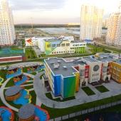 Еще одна фотография уличных красот Московского