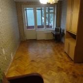Вся необходимая мебель для проживания в квартире имеется