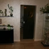 Посмотрите какая мебель, какой ремонт, купить можно в агентстве АБ Риэлти