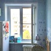Кухня в этой квартире площадью 7 с половиной метров