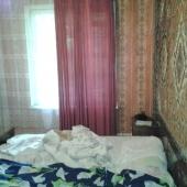 Одна из комнат в продаваемой квратире, площадь 11 метров