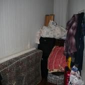 Вот эта кладовая или гардеробная или помещение для ненужных вещей