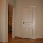 Здесь можно видеть один из входов в спальню на втором