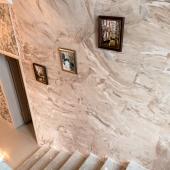 Фотография лестницы сверху