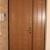 Коридор, входная дверь в квартиру, фотография
