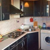 Как мы можем видеть - на кухне есть стиральная машина