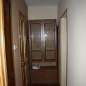 В коридоре еще один шкаф или стенка