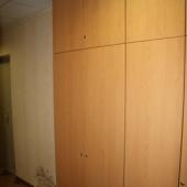 В общем коридоре тоже есть доп. шкафы для лишних вещей или инструментов