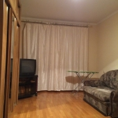 Шкаф, диван. телевизор - всё это на Академика Арцимовича, дом 11