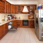 Кухня по площади более 15 метров