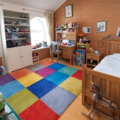 А это уже комната, которая находится слева от санузла по этому же коридору
