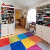 На данный момент используется тоже в качестве детской комнаты)))